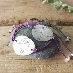 Customized bracelet with drawing