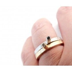 LINE's gold-plated ring with diamond